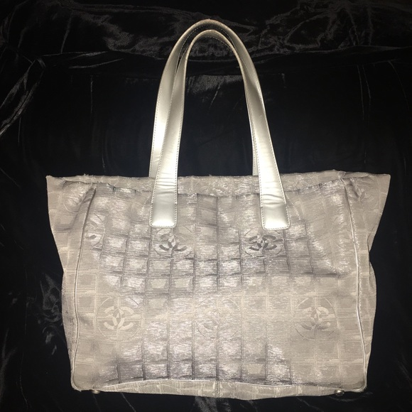 2d50b002cd5 CHANEL Bags   Silver Travel Line   Poshmark